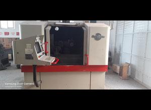 Afiladora de herramientas Schutte WU 400 CNC-4
