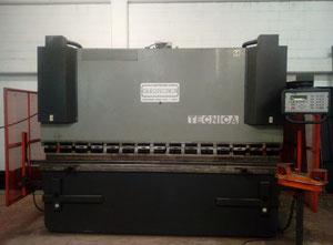 Presse-plieuse à cnc/nc Oleotecnica 100