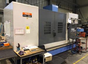 Centre d'usinage vertical Mazak VTC300C