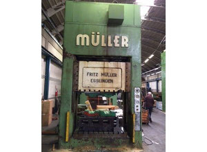 Used MULLER BZE 315.18 Double upright hydraulic press with one push point