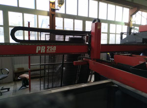 Wykrawarka z laserem Amada Lki PR250