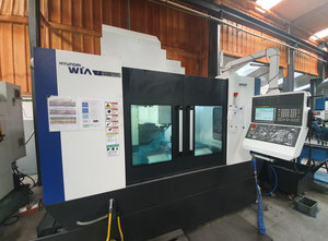 Hyundai - F500 Plus - CNC machine center