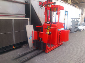 ORMIC OPR 10-15 forklift with Scaglia manipulator