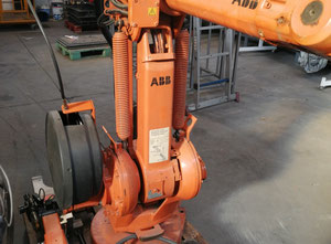 Robot industriale ABB iRB1400 M98