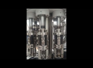 BC Master 40/10 Isobaric Машина для розлива напитков
