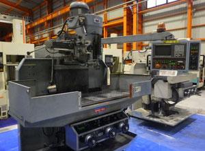 Kasuga RNC-80 CNC Fräsmaschine Vertikal