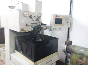 Mitsubishi RA 90 Wire cutting edm machine