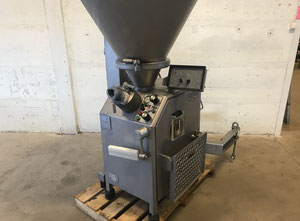 Vemag Robot 700 Vacuum stuffer