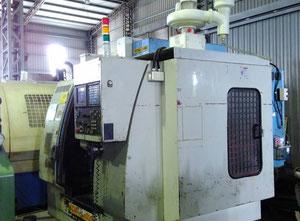 YCM FV 102A Bearbeitungszentrum Vertikal