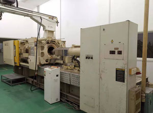 Toshiba IS350GS-27A Injection moulding machine