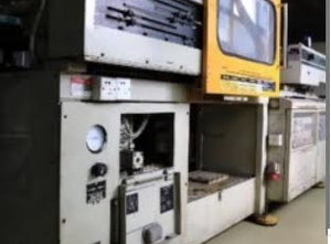 Toshiba IS80EPN-2A Injection moulding machine