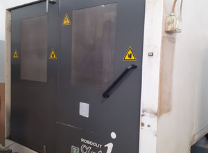 Used Fanuc ROBOCUT α-1iA Wire cutting edm machine