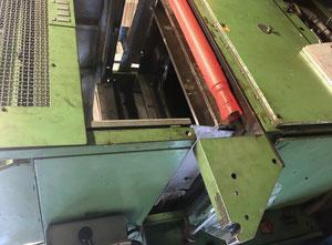 Tvarování termoplastů - Tvarující, plnící a  uzavírací linka Illig SB 74
