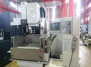 Elektroerozivní hloubička Mitsubishi Electric VX10