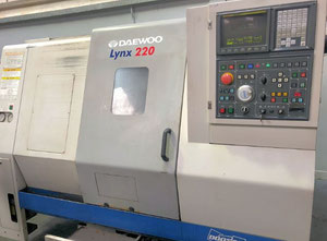 DAEWOO LYNX 220LC Drehmaschine CNC