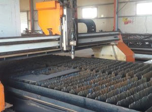 Máquina de corte por plasma / gas Ermak EPL 6x2