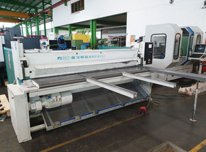 Fasti 527-25/3,2 CNC Schere