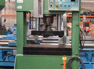 Trunz SHM 110 Hydraulikpresse