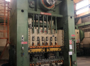 Used Rovetta F2 -2,7x1,6 double upright metal press