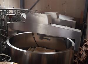 Alfa Laval - Molkerei - Käseherstellung-, Käseverpackung- und Käseportioniermaschine