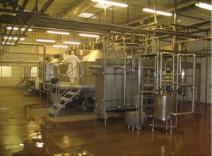 Production, conditionnement et division de fromage APV / Alfa Laval / GEA / Westfalia Complete line