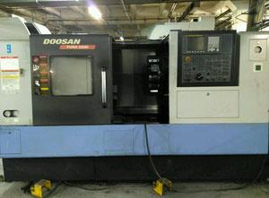 Doosan PUMA 240 MC Drehmaschine CNC