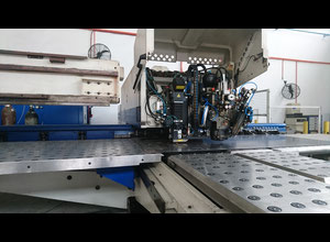 Machine combinée poinçonneuse-laser Trumpf TC600L FMC