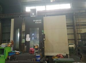 Tour vertical à cnc Hankook VTC-200E CNC