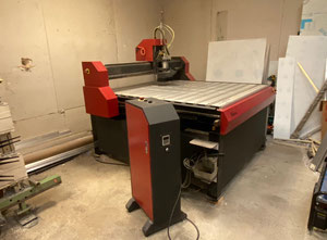VG 1313 cnc vertical milling machine