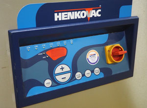 Henkovac E-303-XL Tray sealer