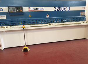 Ibetamac IB 32 10 Hydraulische Blechschere