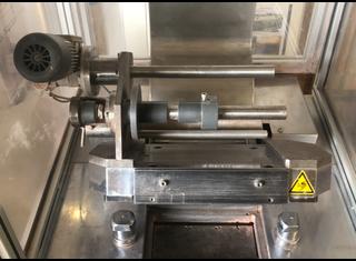 Vetraco Semi-automatic compacting machine for cosmetic powders P00617080