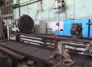 Russia 16Б60 heavy duty lathe