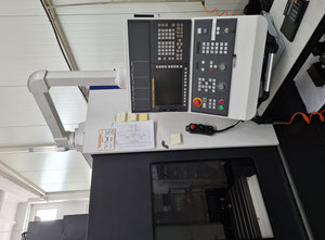 Hyundai F500 plus Bearbeitungszentrum Vertikal