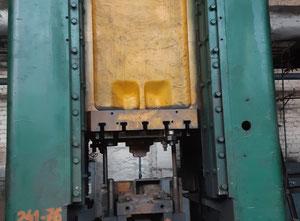 Ořezávací lis Voronezh K9536