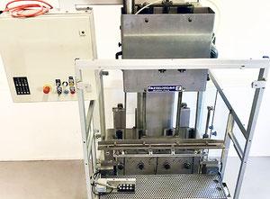 Unità di imbottigliamento Farmomac F44 / 8W