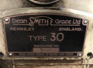 DSG 30 Gap Bed Centre Lathe P00724080