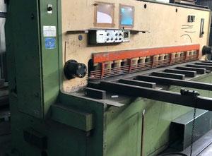 Nożyce gilotynowe hydrauliczne LVD MV-13-16