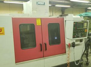 Yang SMV-1000 Вертикальный обрабатывающий центр