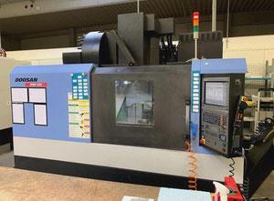 Dikey işleme merkezi Doosan DNM 500