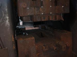 Prasa śrubowa do kucia na gorąco Weingarten PZS 750 - 9000 ton