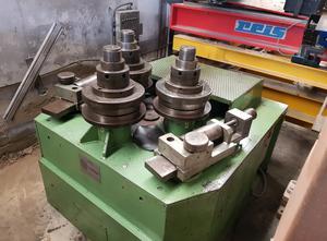 Různý stroj COMAC 3075