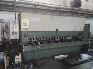 Metalpress NHM 3000/10 Hydraulische Blechschere