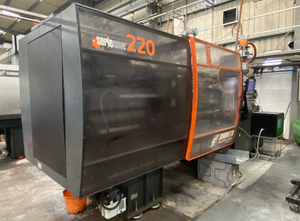 Sandretto  Nove T Injection moulding machine