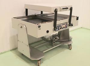 Stroj na balení vaniček do fólie Multivac AG800