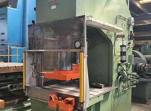 Used Gigant GN 300 metal press