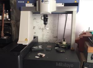 Unità di misurazione Mitutoyo Crysta Apex C