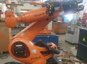 Robot industriel Kuka R3100