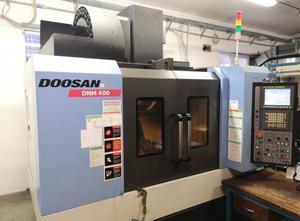 Dikey işleme merkezi Doosan DNM 400