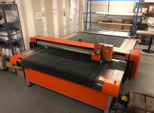 VETIGRAPH C160 Automated cutting machine